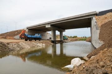 Изграждане на АМ Марица – подлез река Каламица